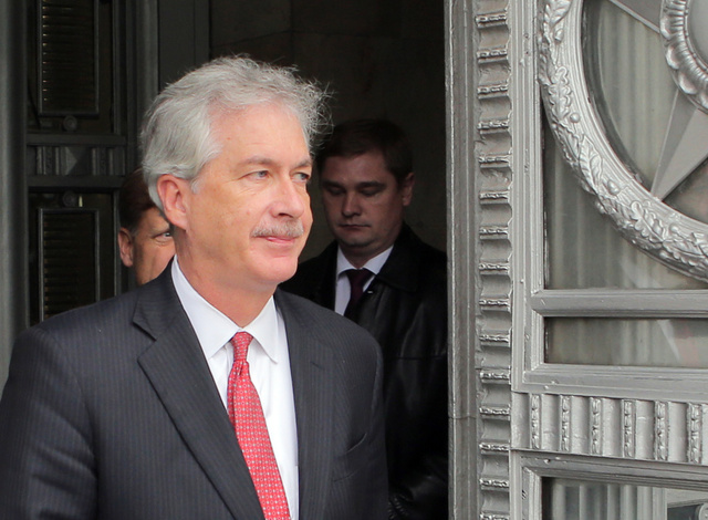 بيرنز يبحث في موسكو القضايا الدولية الملحة في مقدمتها سورية