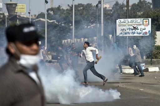 النيابة تحجز 40 طالبا بجامعة الأزهر وتوجه اليهم تهمة الشغب