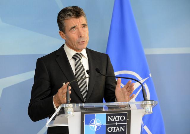 الناتو يشكل مجموعة من المستشارين العسكريين لمساعدة ليبيا