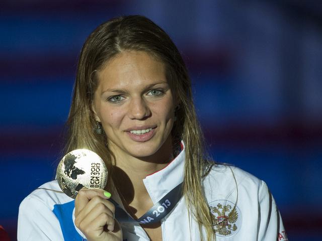 الروسية يفيموفا تحرز ذهبية العالم للسباحة 50م في الدوحة