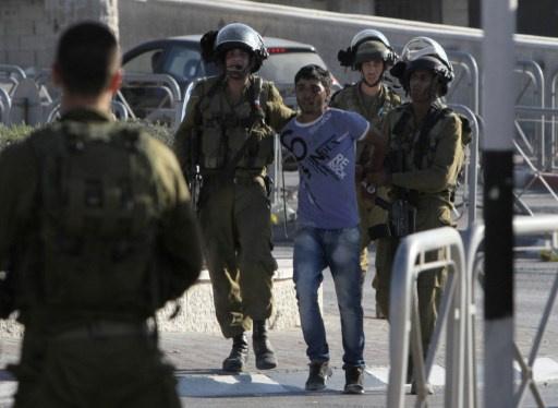 مقتل شاب فلسطيني برصاص الجيش الاسرائيلي خلال عمليات دهم غرب رام الله