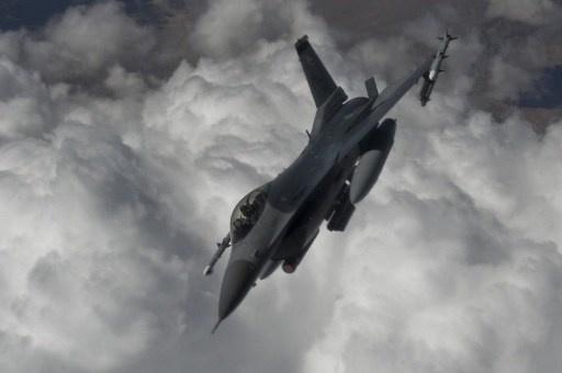 تركيا تقول إن مقاتلاتها اعترضت طائرة استطلاع روسية اقتربت من مجالها الجوي