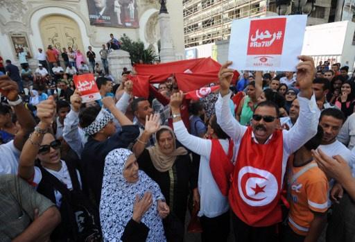 تأجيل الحوار الوطني في تونس بعد تعليق
