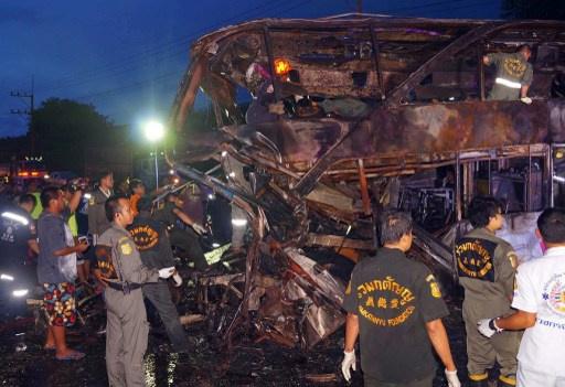 مصرع 22 وحوالي 20 جريحا في حادث سقوط حافلة في شمال تايلاند