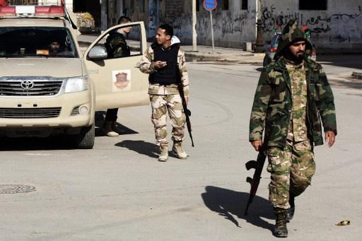 ليبيا.. مجهولون يغتالون عقيداً في سلاح الجو ببنغازي