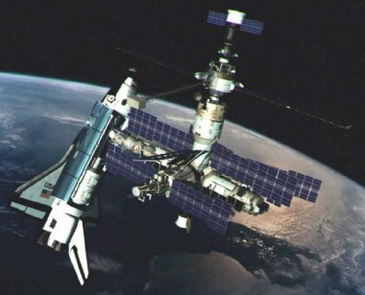 وكالة الفضاء الروسية تعلن عن مناقصة لبناء مركبة شحن فضائية حديثة
