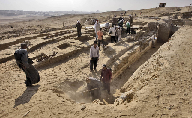 اكتشاف مقبرة لطبيب كبير في مصر القديمة عاش من 4.5 ألف سنة
