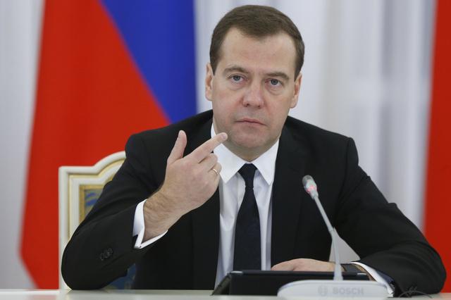 مدفيديف: الإرهابيون لن يتمكنوا من زعزعة الوضع في روسيا وسينالون العقاب القانوني