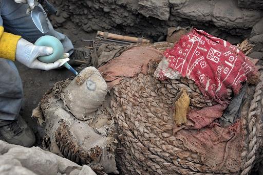 العثور على مومياءين في حي سكني بعاصمة البيرو