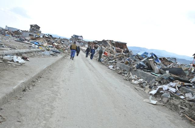 زلزال بقوة 7.6 درجة شرقي اليابان وتحذير من وقوع تسونامي