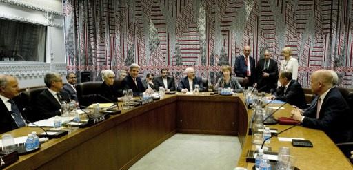 واشنطن تنظر في تجميد عقوبات جديدة على طهران