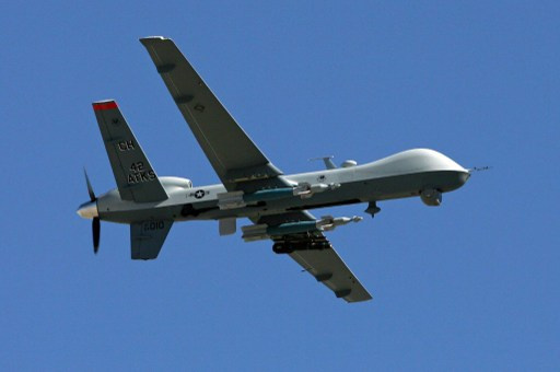 العراق يطلب من واشنطن الاسراع بتسليمه طائرات بلا طيار وإف-16 لمكافحة القاعدة