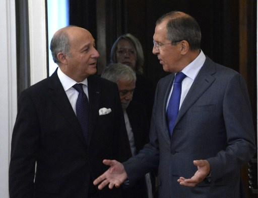 سيرغي لافروف يبحث هاتفيا مع لوران فابيوس الوضع في سورية