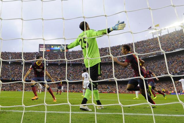 برشلونة يحسم موقعة