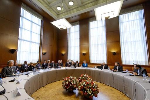 لقاءات مكثفة في فيينا تمهيدا لجنيف بشأن النووي الإيراني