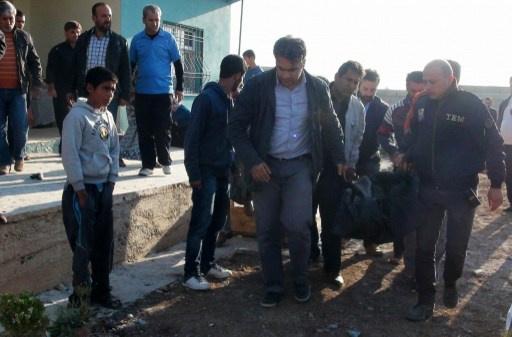 مقتل تركي بقذيفة قادمة من سورية