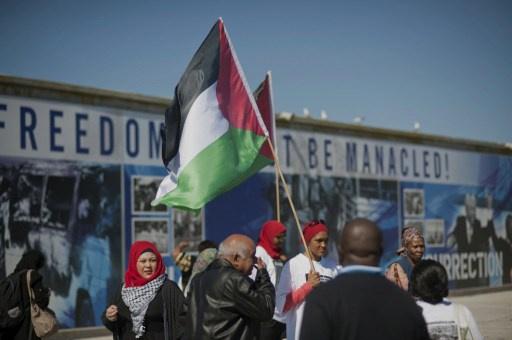 قراقع: الافراج عن الدفعة الثانية من الأسرى الفلسطينيين غدا الثلاثاء بعد منتصف الليل