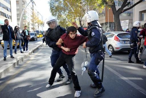 احتجاجات جديدة في تركيا بالتزامن مع النظر في قضية مقتل متظاهر على يد شرطي