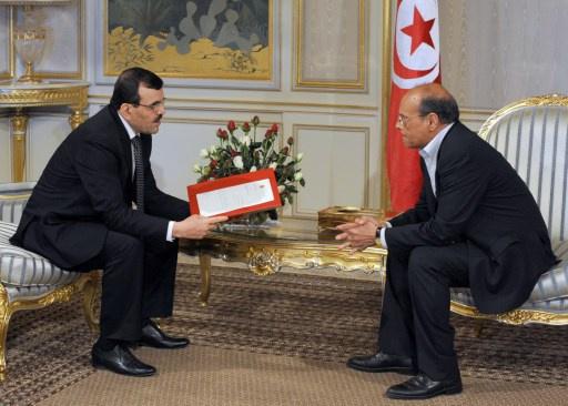 مصدر من المعارضة التونسية يكشف عن قائمة الثماني المرشحين لرئاسة الحكومة