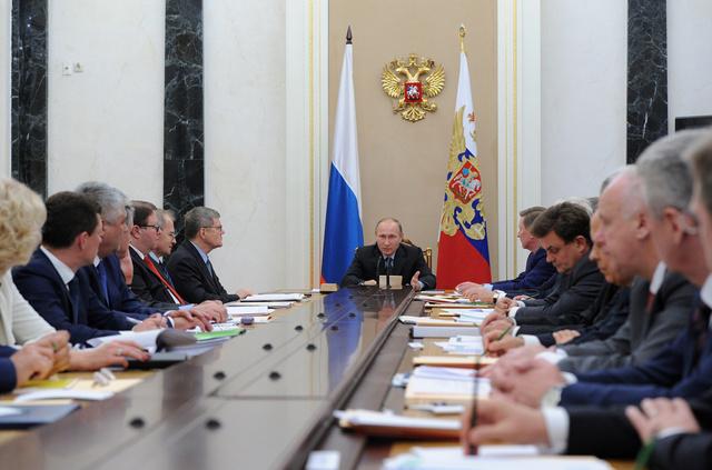 بوتين: عدد الجرائم المتعلقة بالفساد في روسيا تقلص ولكن لا داعي للاطمئنان بعد