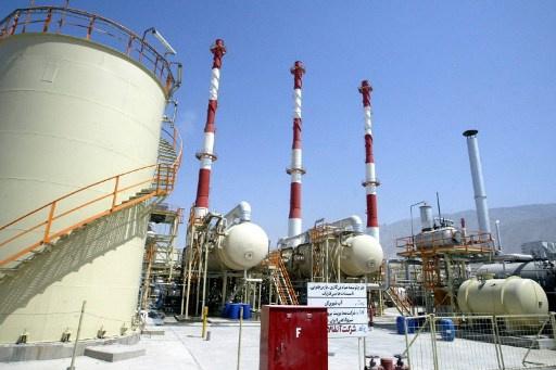 وزير النفط الإيراني: طهران قد تتخلى عن عقد توريد الغاز إلى باكستان