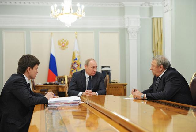 بوتين يقترح تعليق اتخاذ بعض القرارات في اطار إصلاح أكاديمية العلوم الروسية