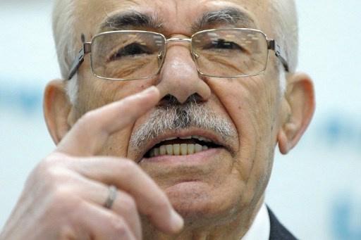 عبدالعظيم: الائتلاف المعارض راهن على الدول الخارجية فهو لا يستطيع مخالفة التوافق الأمريكي ـ الروسي