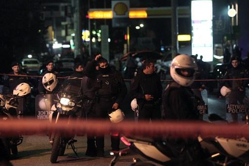 مقتل شابين في اليونان أمام مقر حزب