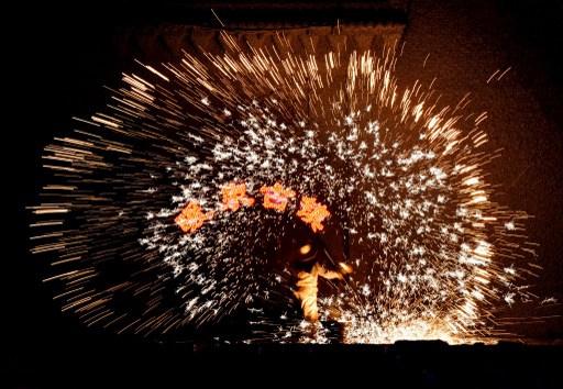 11 قتيلا بانفجار مصنع للألعاب النارية في الصين