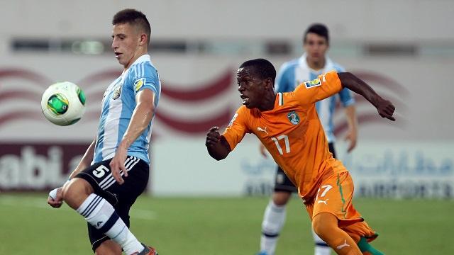 التانغو الأرجنتيني يروض الافيال في مونديال الإمارات للناشئين 2013