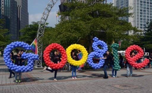 آبل ومايكروسوفت وشركات كبرى أخرى تشن حربا على غوغل