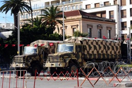 التمديد في حالة الطوارئ في تونس ورفع ميزانية وزارتي الدفاع والداخلية