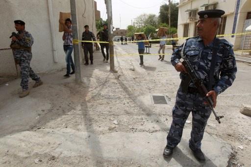 مقتل ثلاثة من عناصر الشرطة في تفجيرات انتحارية في بعقوبة العراقية