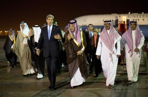 كيري يصف الخلافات مع السعودية حول الملف السوري بـ