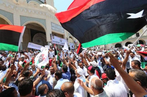 قبائل شرق ليبيا الغني بالنفط تعلن تشكيل حكومة ظل