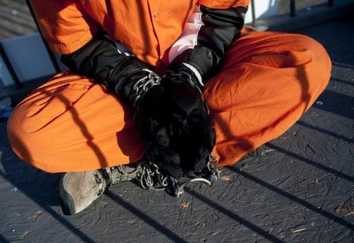 تقرير يكشف انتهاكات أطباء بحق المعتقلين في سجون البنتاغون و(CIA)