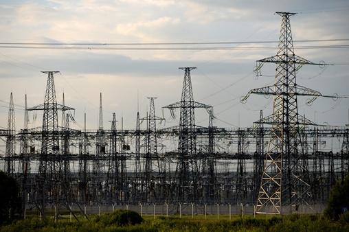 الرئيس البيلاروسي يوقع مرسوما ببناء محطة كهروذرية في بلاده