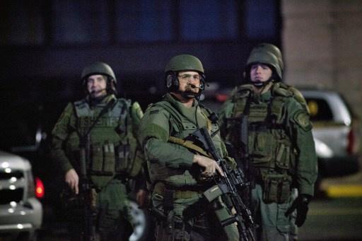 العثور على جثة مسلح أطلق النار في مركز تجاري قرب نيويورك