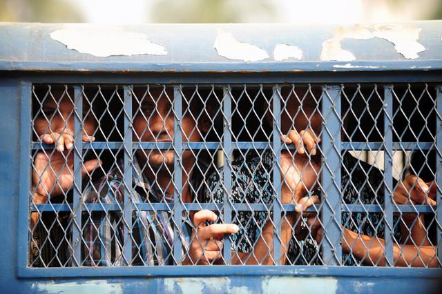 الحكم بالاعدام على 150 من الجنود المتمردين في بنغلادش