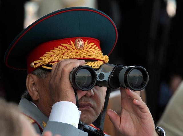 وزير الدفاع الروسي: الاختبارات المفاجئة رفعت مستوى الاستعداد القتالي للقوات المسلحة