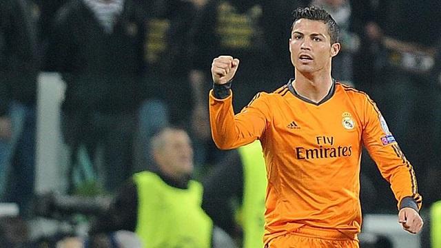 رونالدو يحطم رقم ميسي القياسي في دوري الأبطال