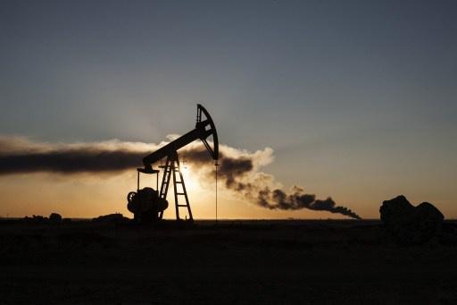 ليبيا.. الحكومة ترصد محاولات لشراء النفط من مجموعات تسيطر على موانئ سرت
