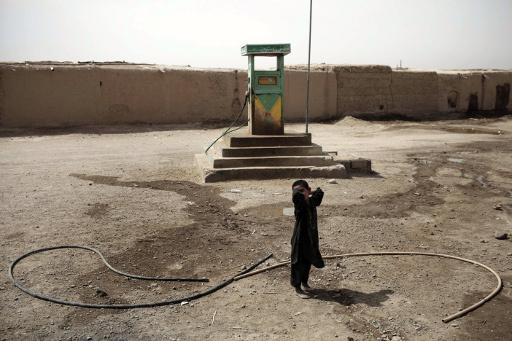 افغانستان تنوي شراء مليون طن من الوقود من روسيا