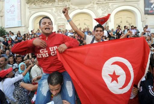 جبهة الإنقاذ الوطني تتهم حزبا معارضا بالتحالف مع حركة النهضة الإسلامية