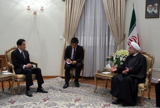 الرئيس الايراني يدعو السداسية الى عدم تفويت الفرصة الراهنة لحل الملف النووي