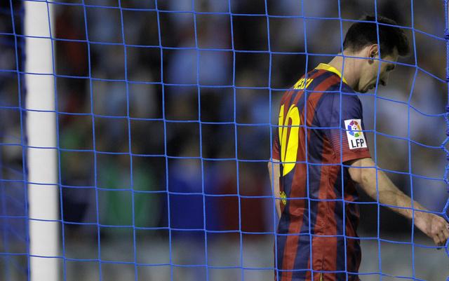 رسمياً.. الإصابة تبعد ميسي عن برشلونة 6-8 أسابيع