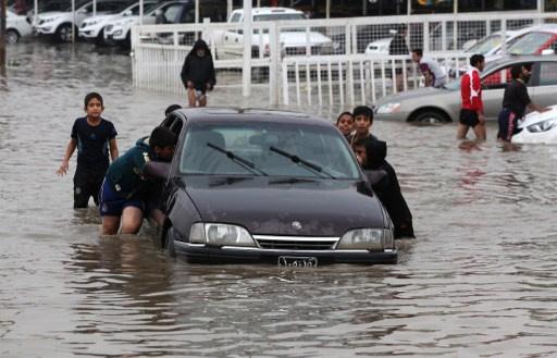 غرق شوارع المدن العراقية بسبب الأمطار