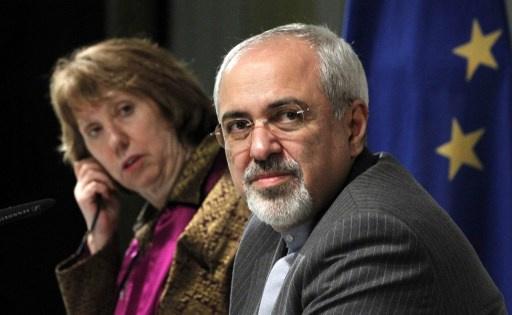 ظريف يدعو الغرب لكسب ثقة الشعب الإيراني