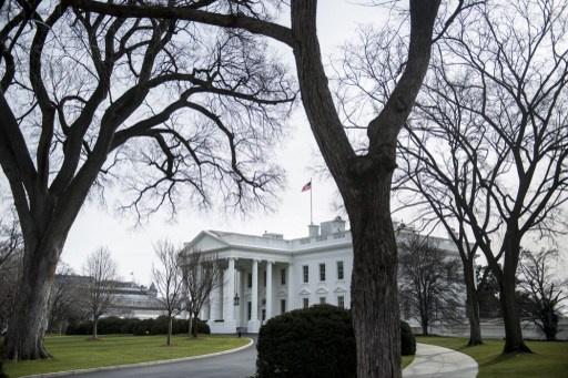 البيت الأبيض: فرض عقوبات جديدة على إيران قد يؤدي إلى تقويض جهود تسوية الملف النووي