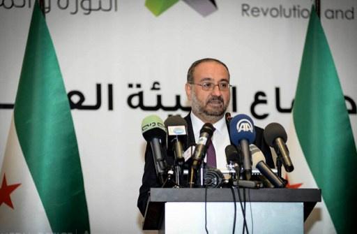أحمد الطعمة: الحكومة الجديدة ستلتزم بالسياسات العامة للائتلاف